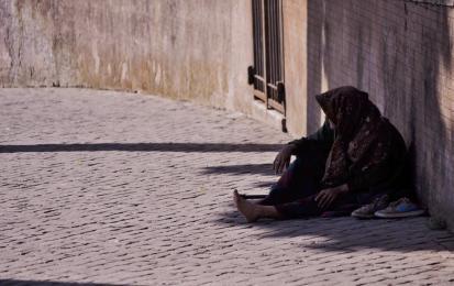 Bezpłatna infolinia dla osób bezdomnych