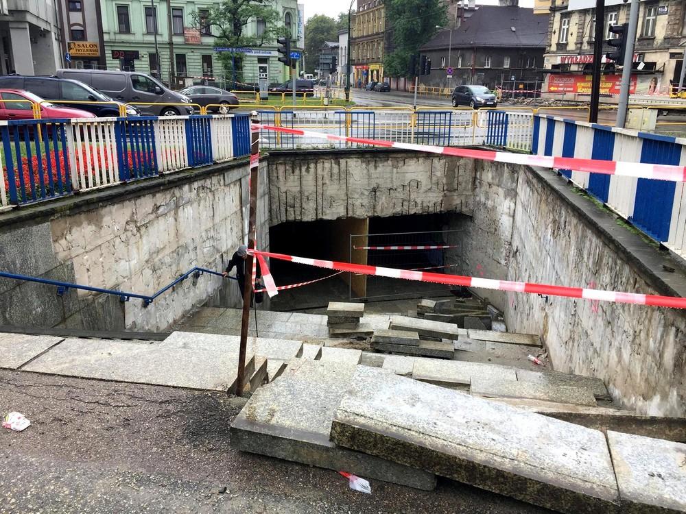 """Ruszył remont przejścia podziemnego na """"flocie"""""""