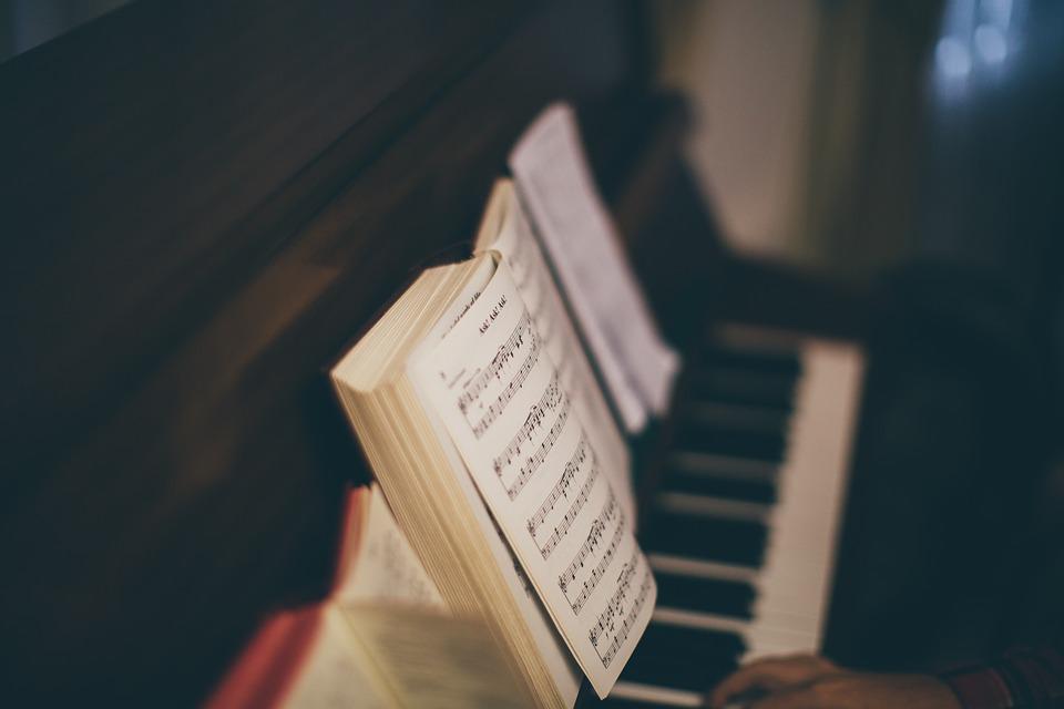 """Koncert charytatywny z cyklu """"Głosy dla Hospicjów"""""""