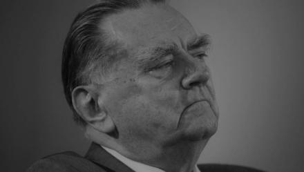 Nie żyje Jan Olszewski - zmarł były premier Polski, miał 88 lat.