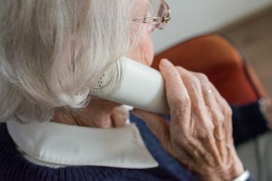 W trosce o bezpieczeństwo seniorów. Spotkanie z dzielnicowymi z chorzowa