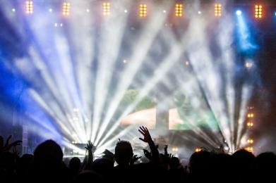 Gwiazdy elektroniki na nocnej części Fest Festival
