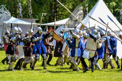 Rycerze, wojacy, szranki i konkury - Z orężem przez wieki w Skansenie [ZDJĘCIA]