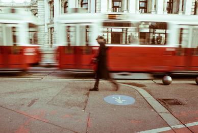 Zabytkowy tramwaj kursujący na linii 23 wyrusza na tory!