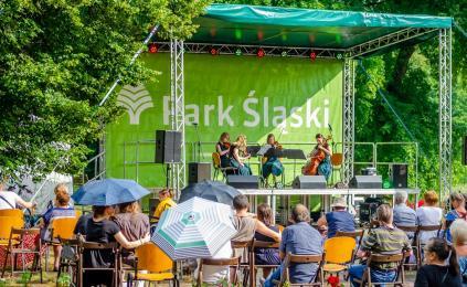 Park Śląski szuka wokalnych talentów! Specjalny konkurs już 22 sierpnia na scenie Rosarium