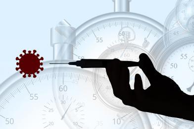 Dworczyk: w tej chwili nie ma mowy o wprowadzeniu obowiązkowych szczepień