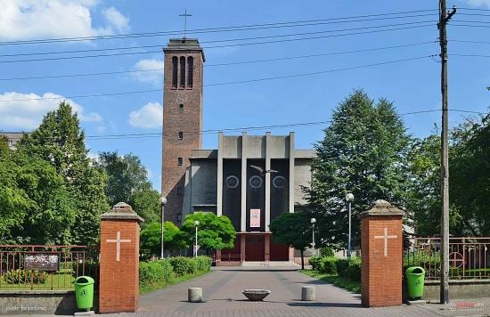 Batory - Kościół pw. Najświętszego Serca Pana Jezusa